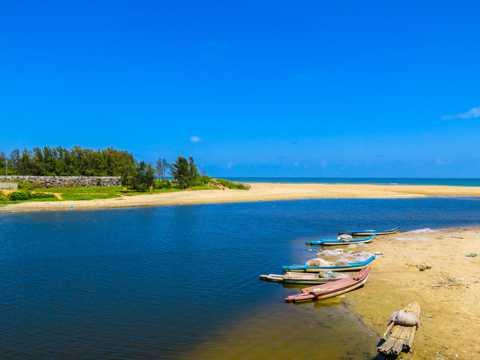 美丽的小岛海滩图片