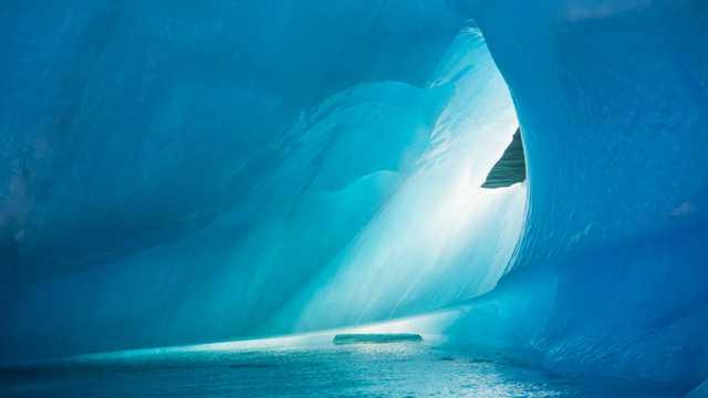白色冰川美景图片
