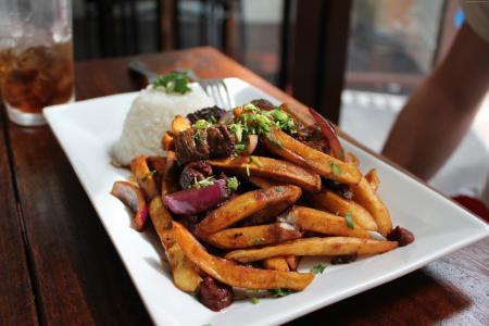 汉堡沙拉,土豆,肉,牛肉,西红柿(水平)