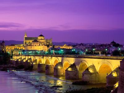罗马桥瓜达尔基维尔河西班牙