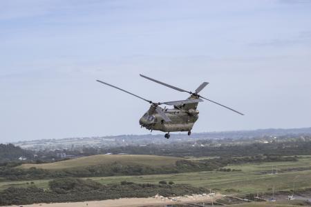 CH-47奇努克,波音,军用运输直升机,美国陆军,美国空军(横向)