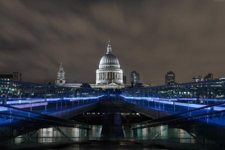 千禧桥,伦敦。