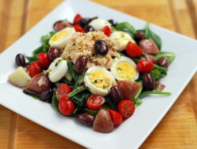 芦笋,土豆,橄榄,鸡,鸡蛋,樱桃西红柿,菠菜,烹饪,食谱(水平)