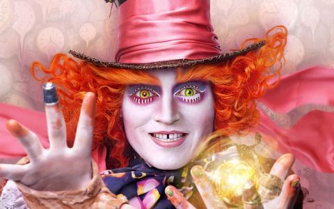 疯帽子爱丽丝透过镜子
