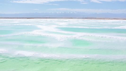 茫崖翡翠湖优美景色