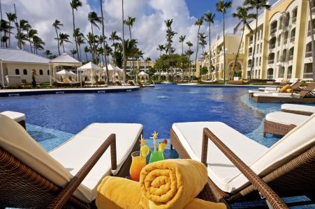 伊贝罗斯塔巴瓦罗大酒店,蓬塔卡纳,2017年度最佳酒店,旅游,度假,度假,日光浴床,游泳池(水平)