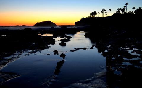 在拉古纳海滩的日落