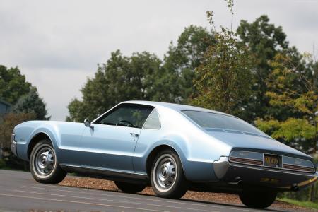 奥兹莫比尔Toronado,老爷车,Oldsmobile,豪华车,1967年,回来,买,租(水平)