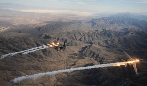 B-1,蓝瑟,超音速,战略轰炸机,罗克韦尔,美国空军,波音,耀斑(水平)
