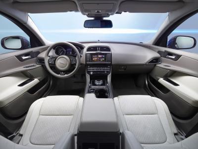 捷豹XE,X760,2015款车,豪华车,跑车,试驾,评测,内饰,红色(水平)