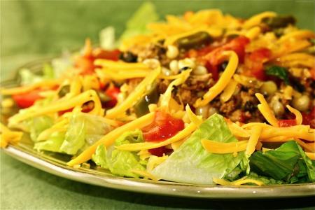 塔克沙拉,意大利面,大豆,芦笋,西红柿(水平)