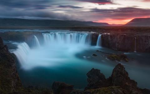 Godafoss瀑布冰岛