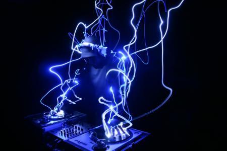 DJ,HD