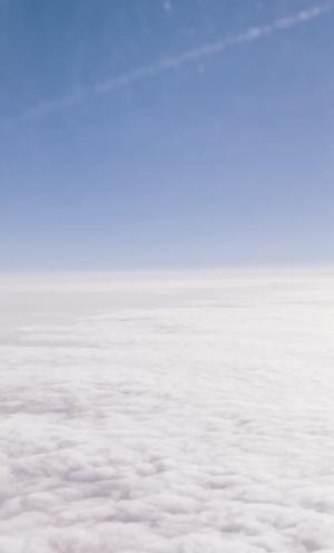 蓝天上的白云风光