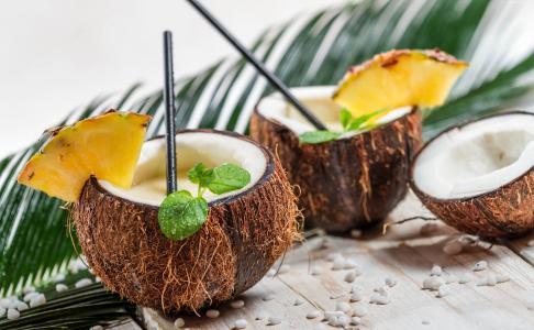 椰林,椰子,菠萝,鸡尾酒(水平)