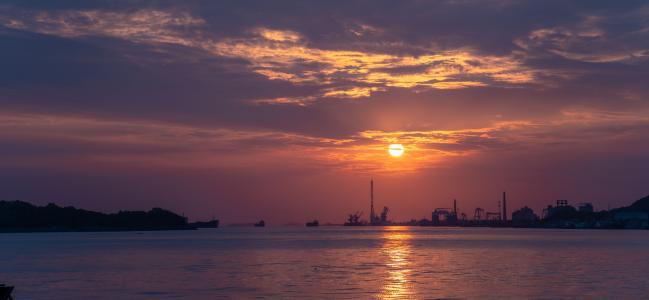 落日浪漫迷人风光