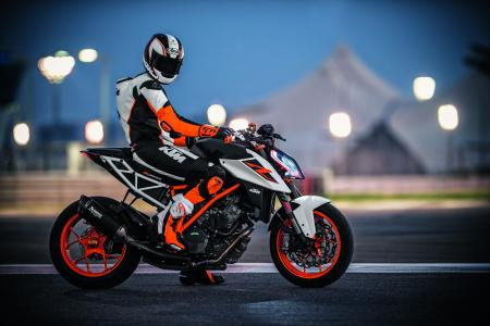 KTM 1290 Super Duke R,2017,HD
