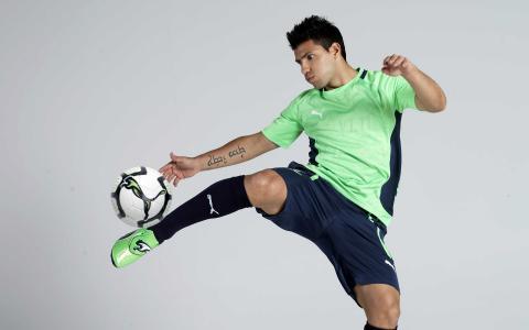 塞尔吉奥·阿圭罗足球运动员